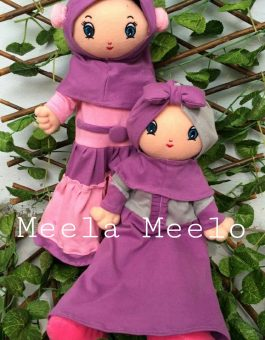 Boneka Muslimah Meela Meelo Gaun Ungu Karakter Ibu dan Anak