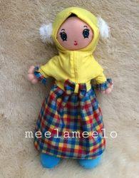 Boneka Muslimah Meela Meelo Trendy Style in Yellow Hijab