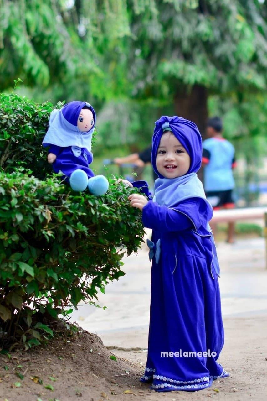 Paket Gamis Fania dan Boneka In Electric Blue