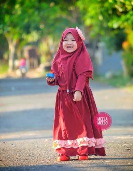 Gamis Natasya Untuk Anak Muslimah in Maroon