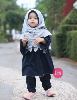 Gamis Malika Anak Muslimah in Full Black