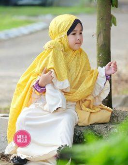 Paket Mukena Motif Anak dan Boneka Muslimah in Yellow