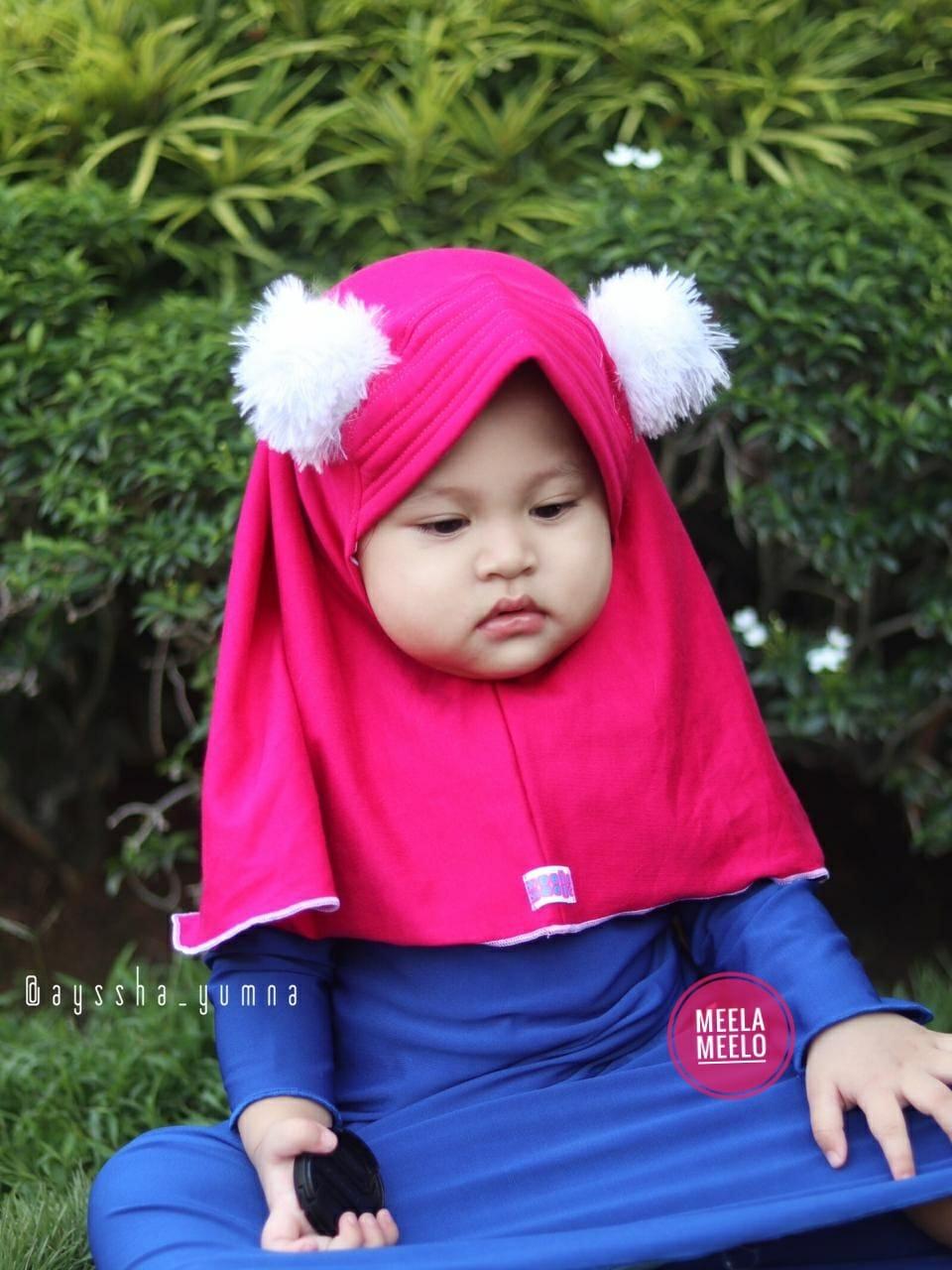 Jilbab Aqila Pompom in Deep Pink