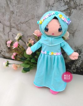 Boneka Eliza in Blue Tosca