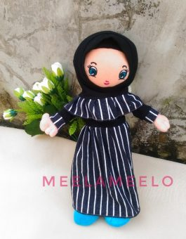 Boneka Muslimah Line Dress Salur in Black and White