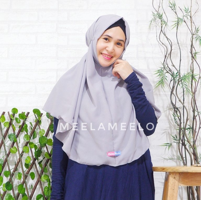 Jilbab Instan Tali in Grey