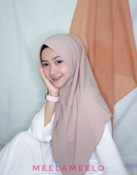 Khimar Inas in Light Mocca