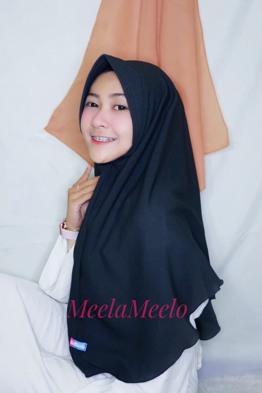 Khimar Inas in Navy